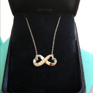 Tiffany & Co. Paloma Picasso Infinity necklace